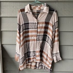 Women's Plaid High-Low Button Up Flannel
